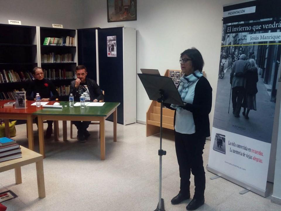Jesús Manrique presentó en la Biblioteca su última novela