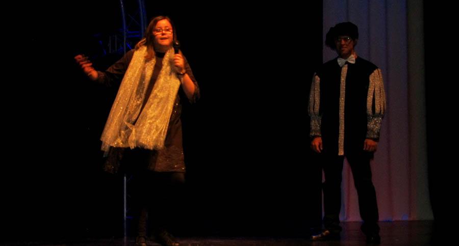 Villacañas se sumó a la Semana Social de La Caixa con un gran espectáculo del grupo de teatro del Centro Ocupacional