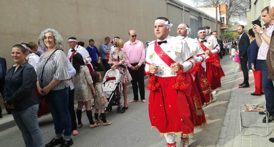 Una multitudinaria procesión y las últimas Danzas pusieron el broche de oro a una gran celebración del Cristo de la Viga