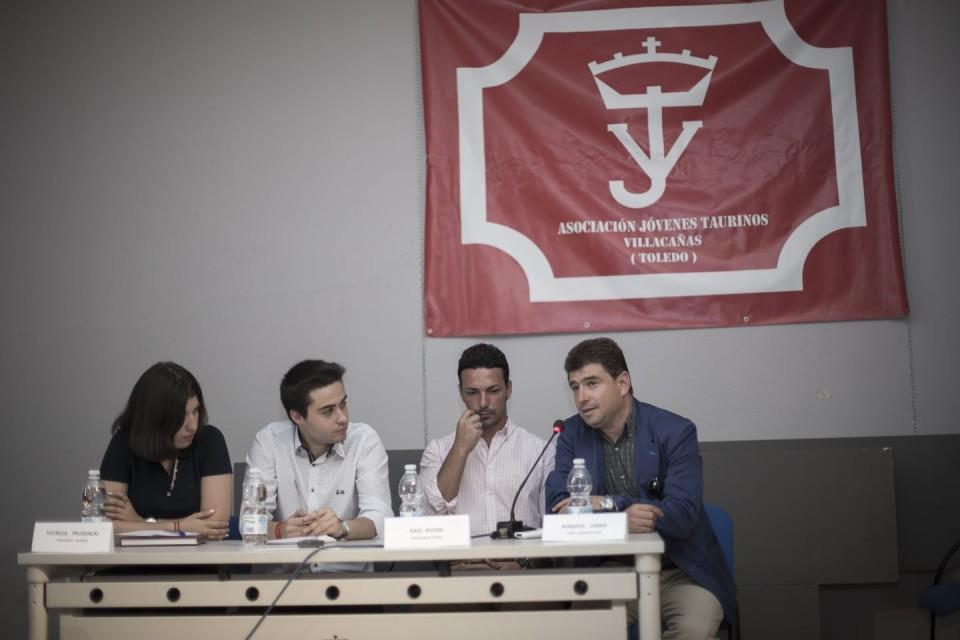 Buena respuesta de los aficionados en las III Jornadas Taurinas de la Asociación de Jóvenes Taurinos de Villacañas