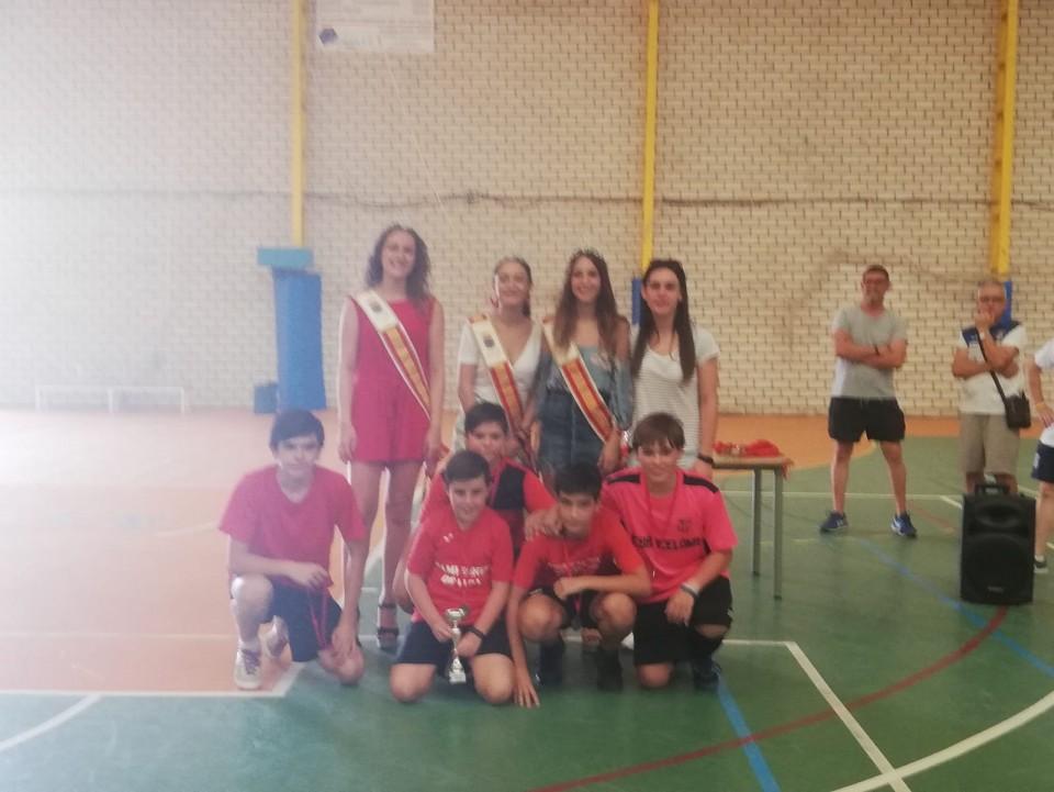 Más de 250 niños y jóvenes disfrutaron del fútbol sala gracias al 3x3 organizado por el Villacañas Fútbol Sala en colaboración con el Ayuntamiento