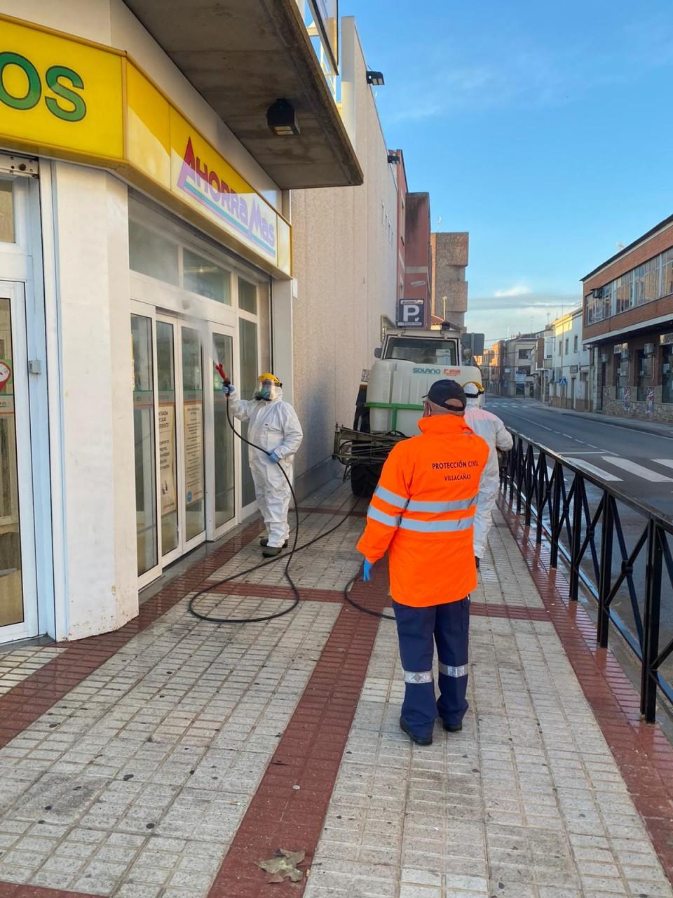 Desinfección de calles: mañana vuelve a fumigarse todo el pueblo con ayuda de agricultores, por lo que es importante que se despejen las calles para el tránsito de los tractores