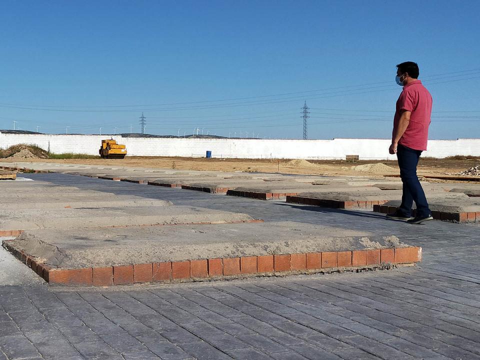 Obras de urbanización en la zona de ampliación del Cementerio Municipal