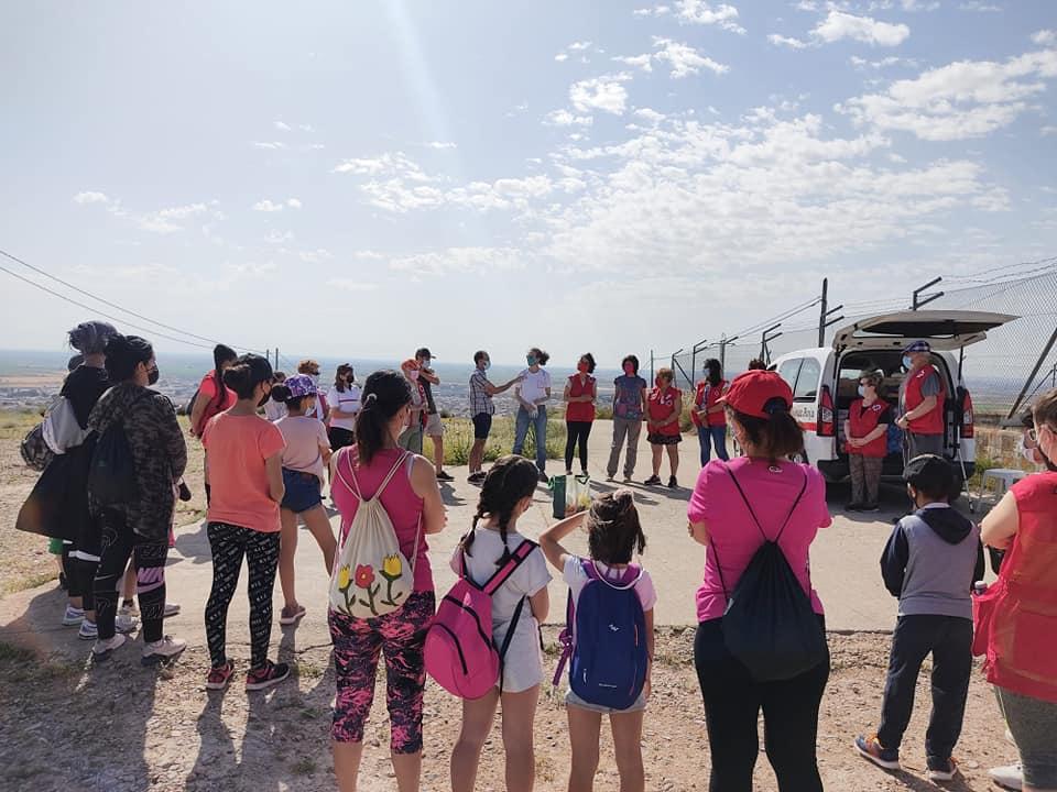 Villacañas su sumó el sábado a la campaña '1 m2 contra la basuraleza' gracias a los voluntarios de Cruz Roja